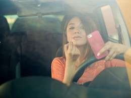 Distracted-Teen-Driver