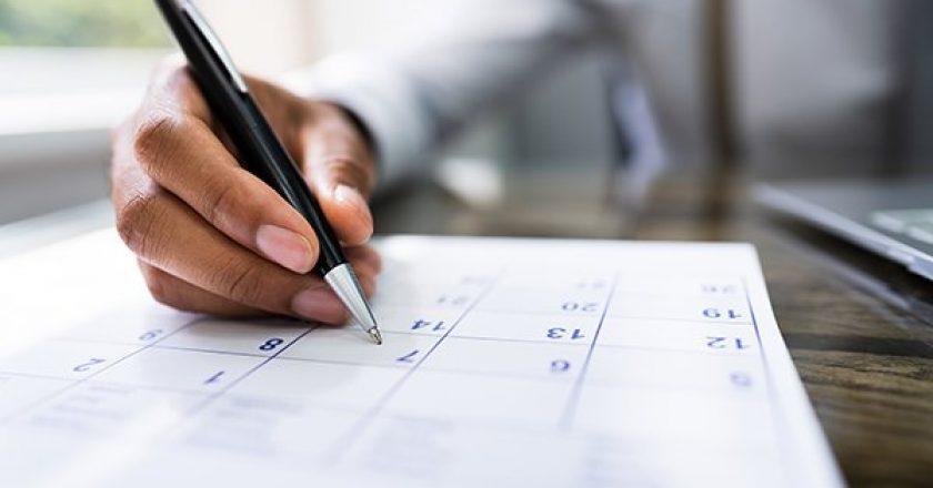 Employee with calendar